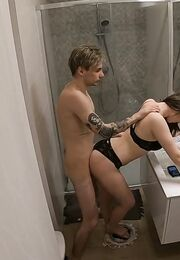 Порно в ванне