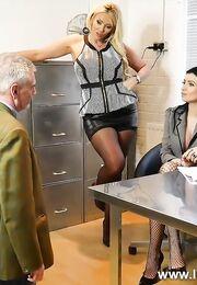 Порно с начальницей