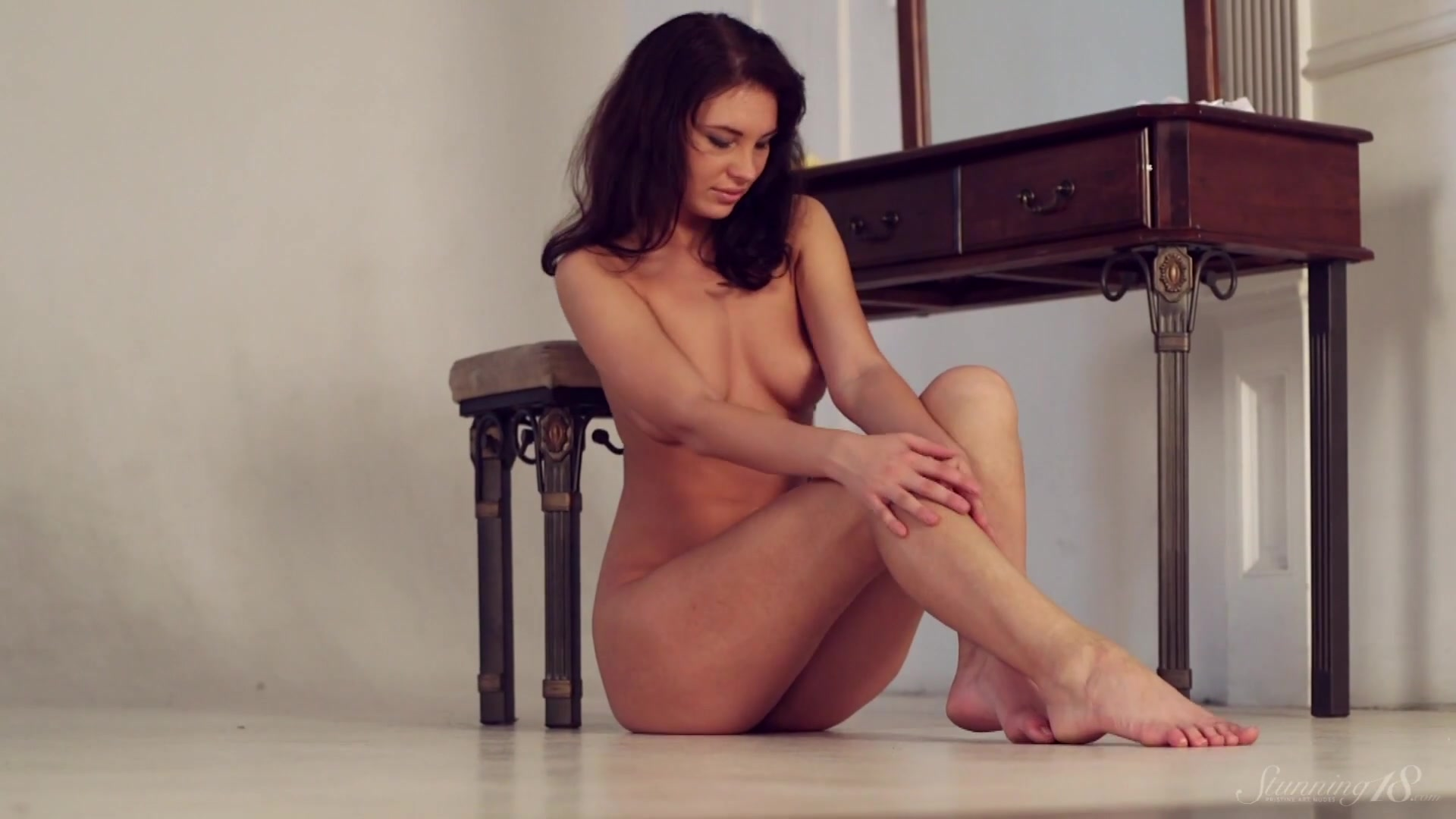 Видео секса на табуретке