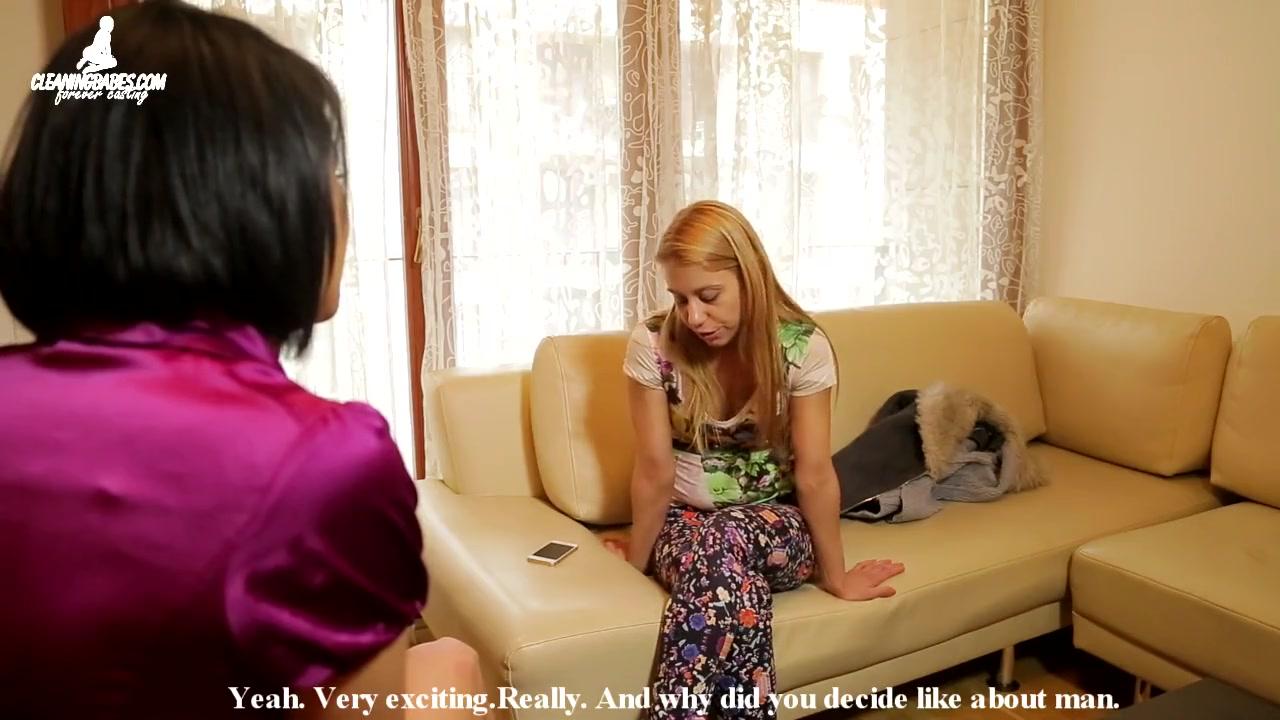 Соблазняет клитор видео лесби рыженькую девчонку