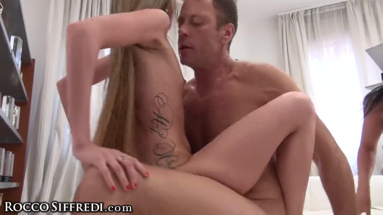 порно молодых подружек фото