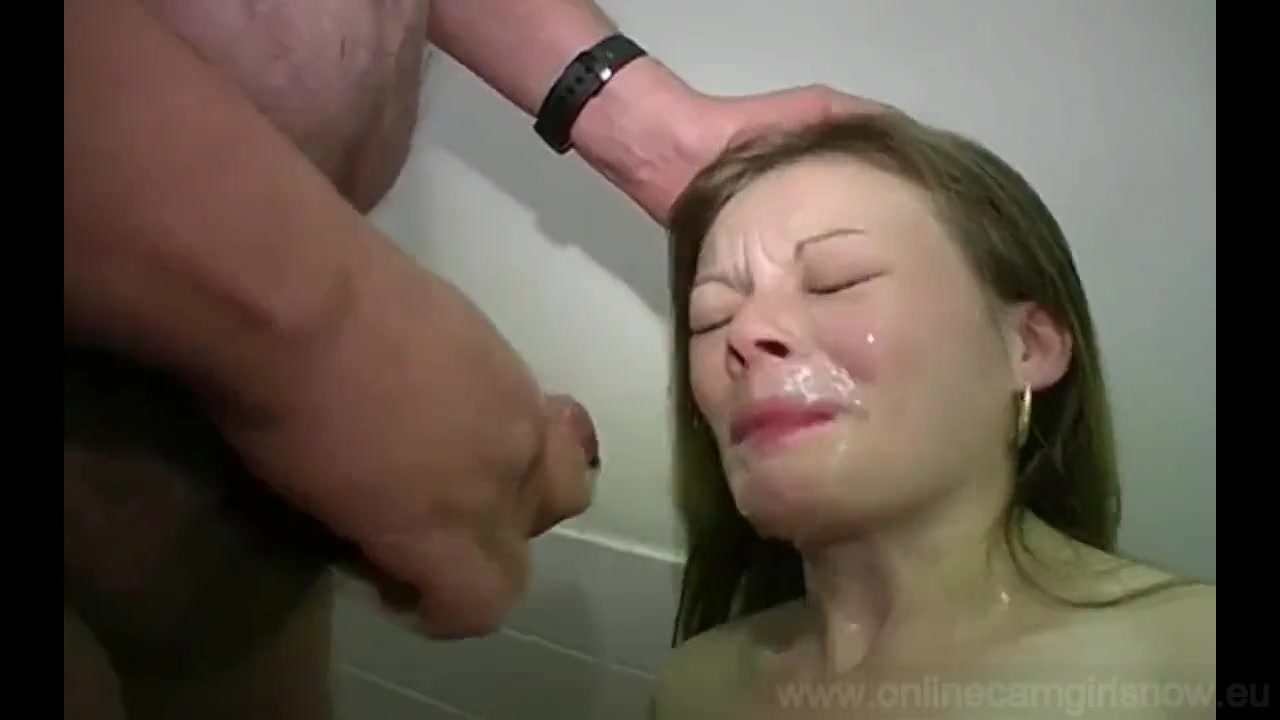 Порнофильмы где девчонок бьют по лицу