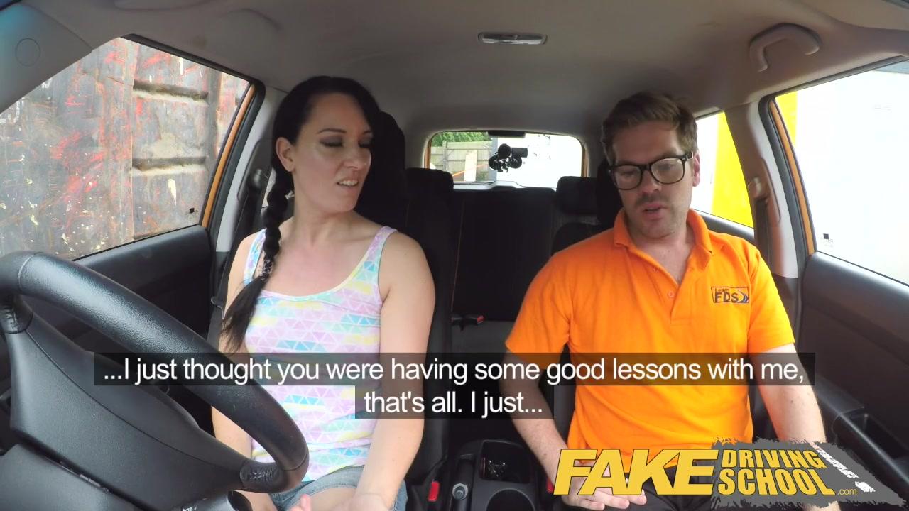 Порно инструктор вождения — photo 5