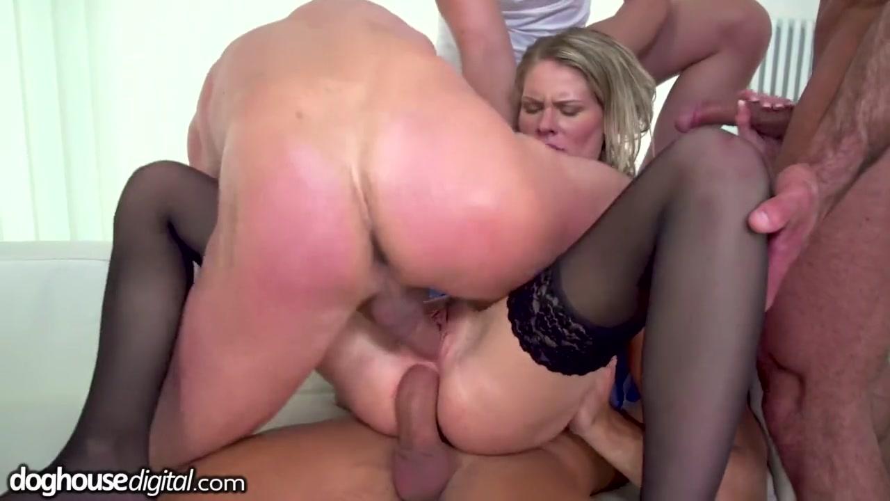 Смотреть порно грубость тройное проникновение
