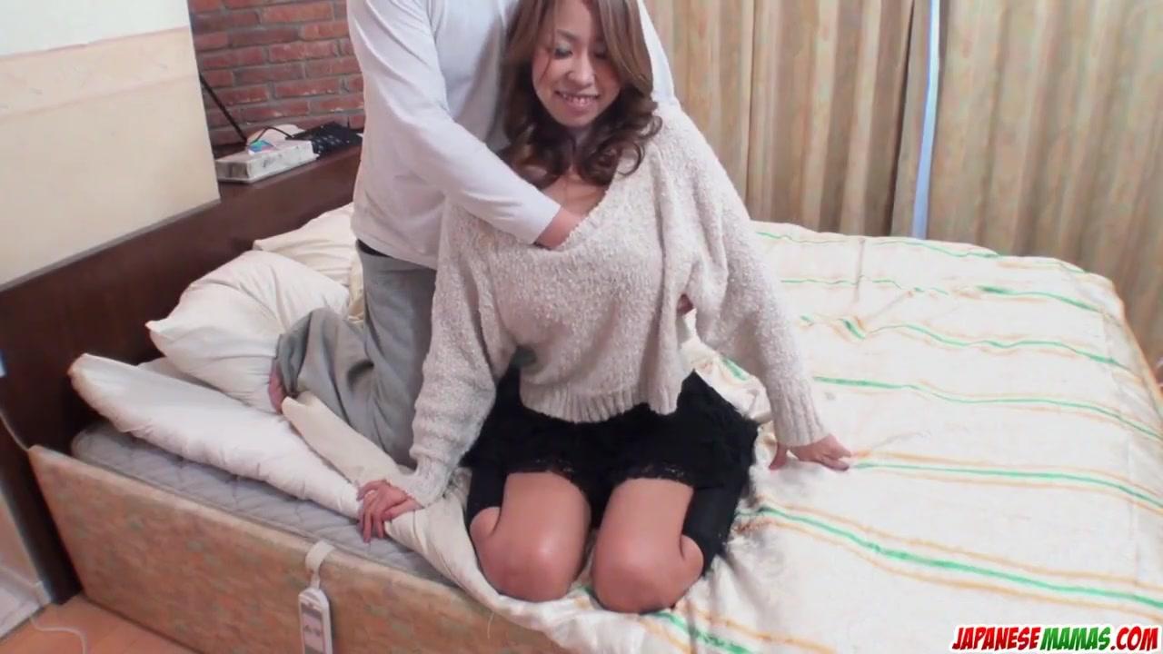 Порно ролики зрелая очко показує фото