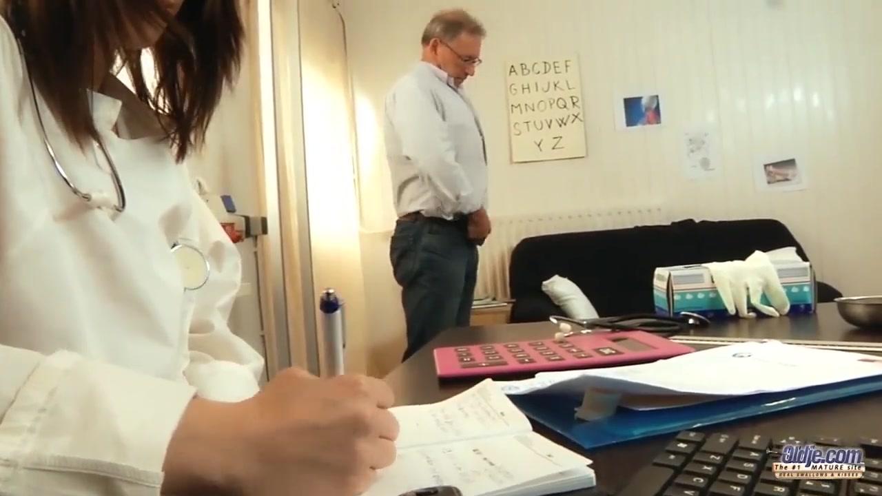 Секс молодой и деда смотреть онлайн бесплатно
