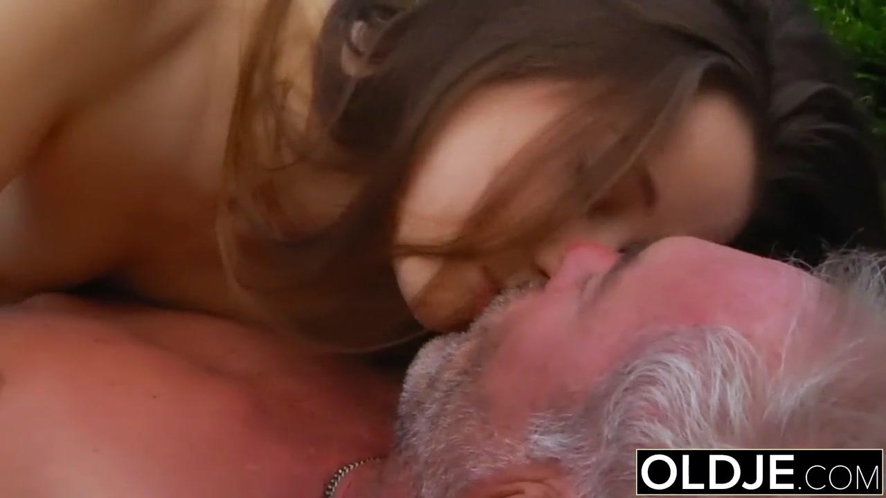 Возбуждающее порно оргии фото