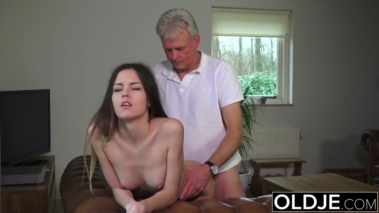 Порно онлайн заснул на работе