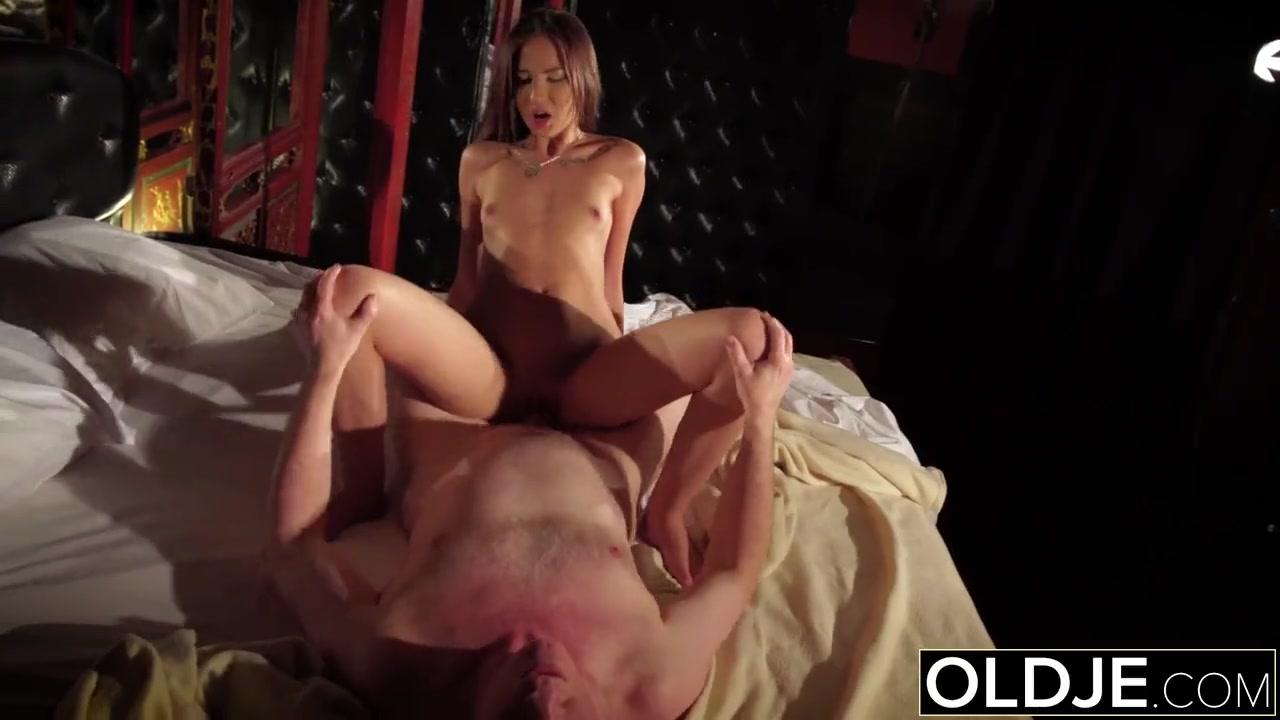 Порно мать трахается фото