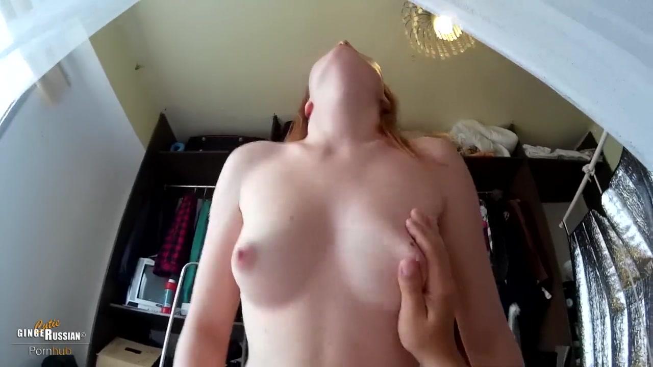 Зрелая женщина делает минет мужику и прыгает на пенисе киской