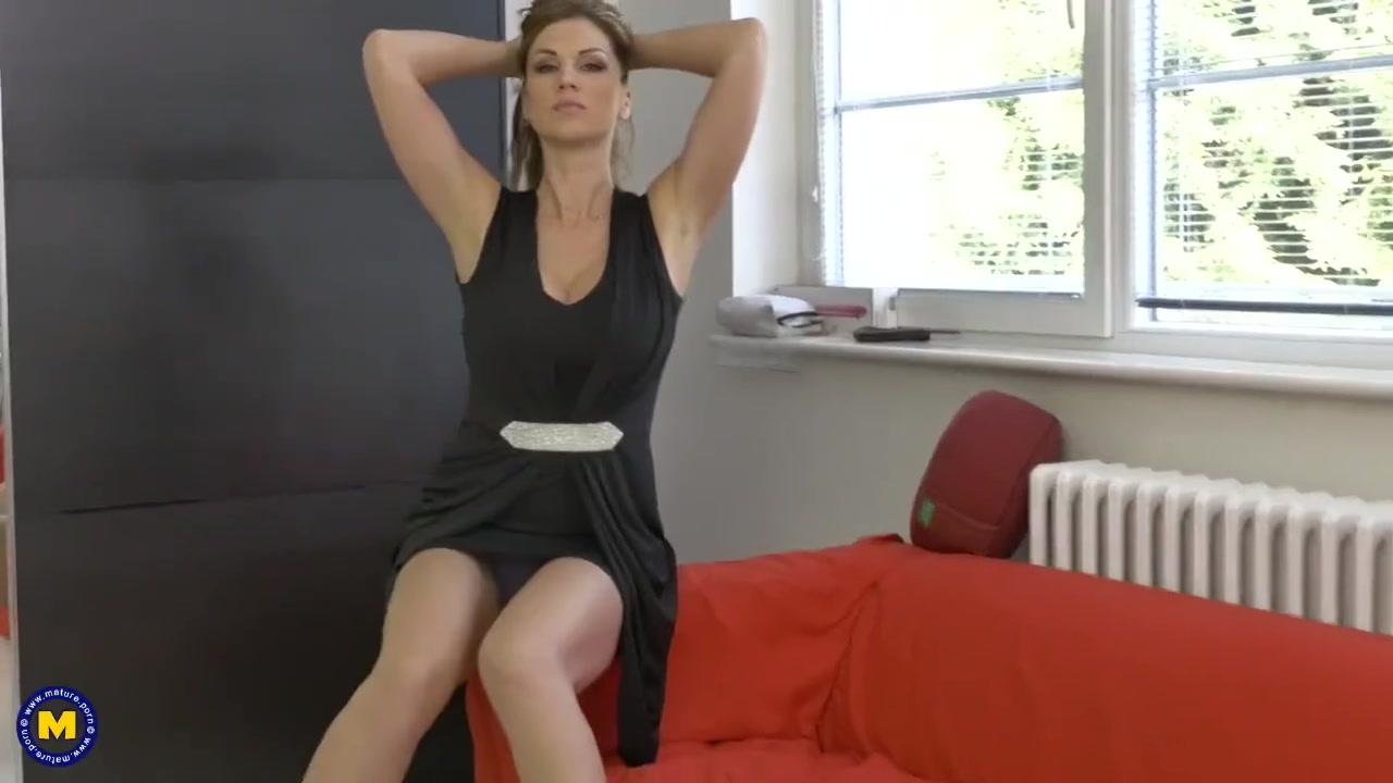 Порно видео большая грудь девушки