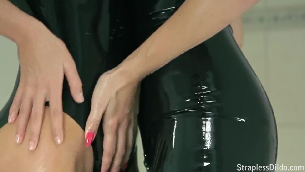 Видео наказание горничной заставила лизать, зрелая глубоко сосет