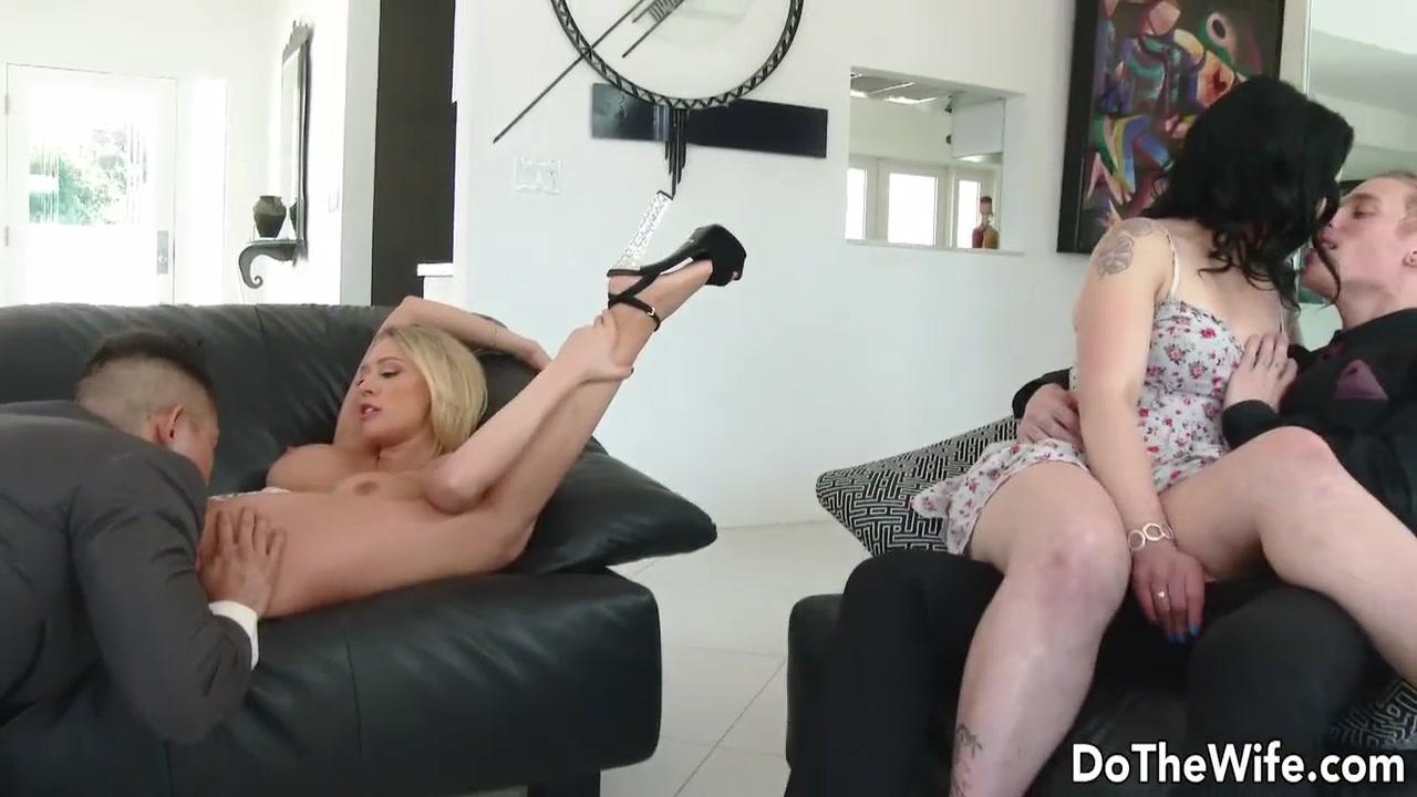 Лучшее Жену Трахают Друзья Порно Видео  Pornhubcom