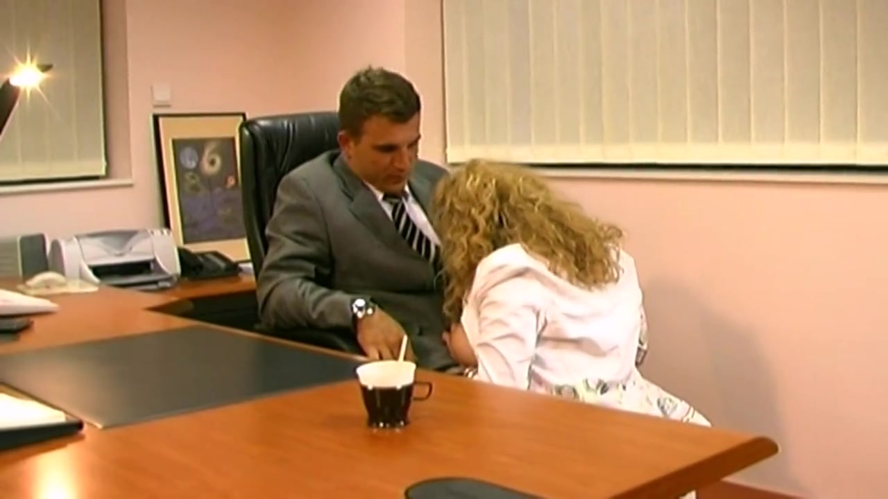 Секретарш трахают голые боссы, секс в бане с бабами