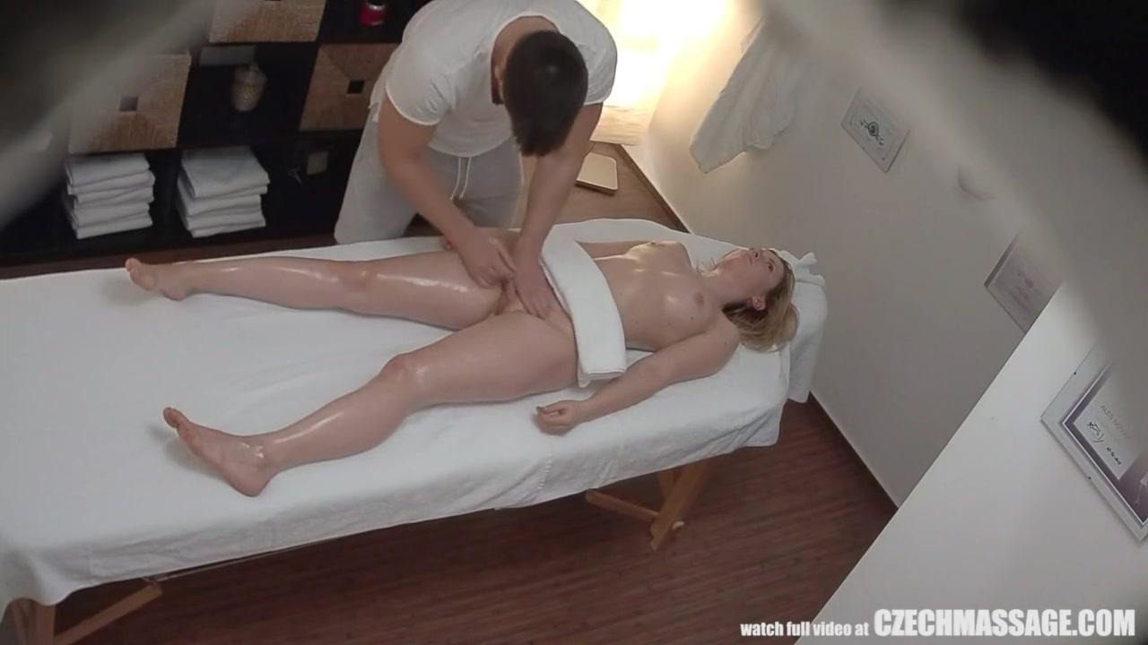 Секс на массажном зале