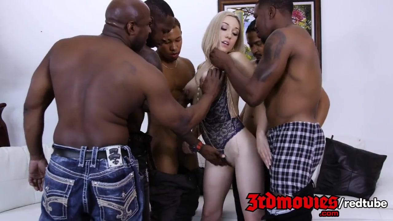 Порно с старшекласницей блондинкой