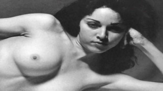 Натуральные женщины голые видео 2