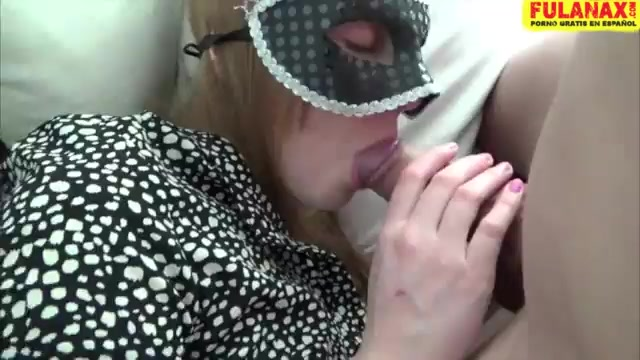 Красивый хуй парня фото ласкают соски секс